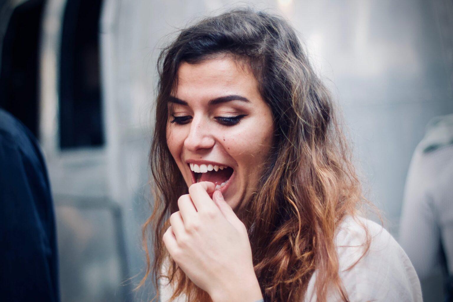 ¿Muerdes correctamente? Tus dientes pueden estar en peligro