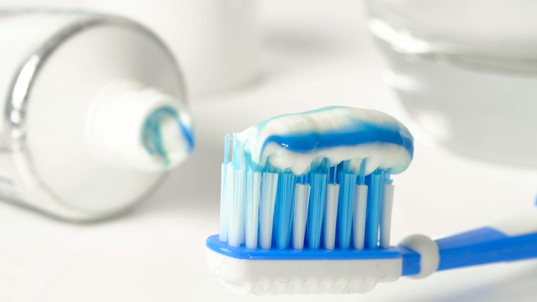 Pasta de dientes infantil: ¿con o sin flúor?