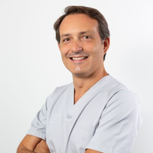 Manuel Pérez de Castro - Odontólogo en PCM, Clínica Dental en Córdoba