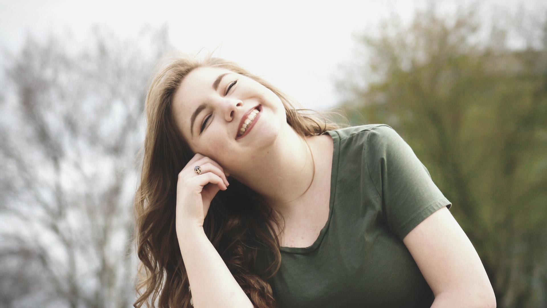 8 consejos para conservar las carillas dentales
