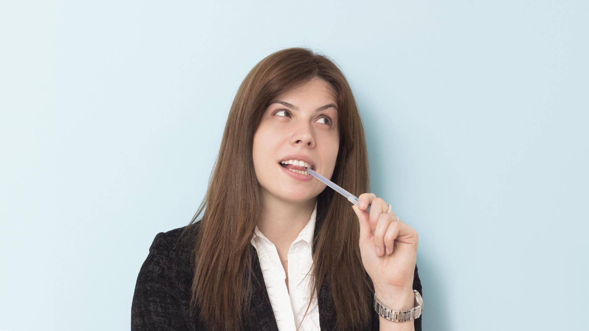 10 malos hábitos para tus dientes