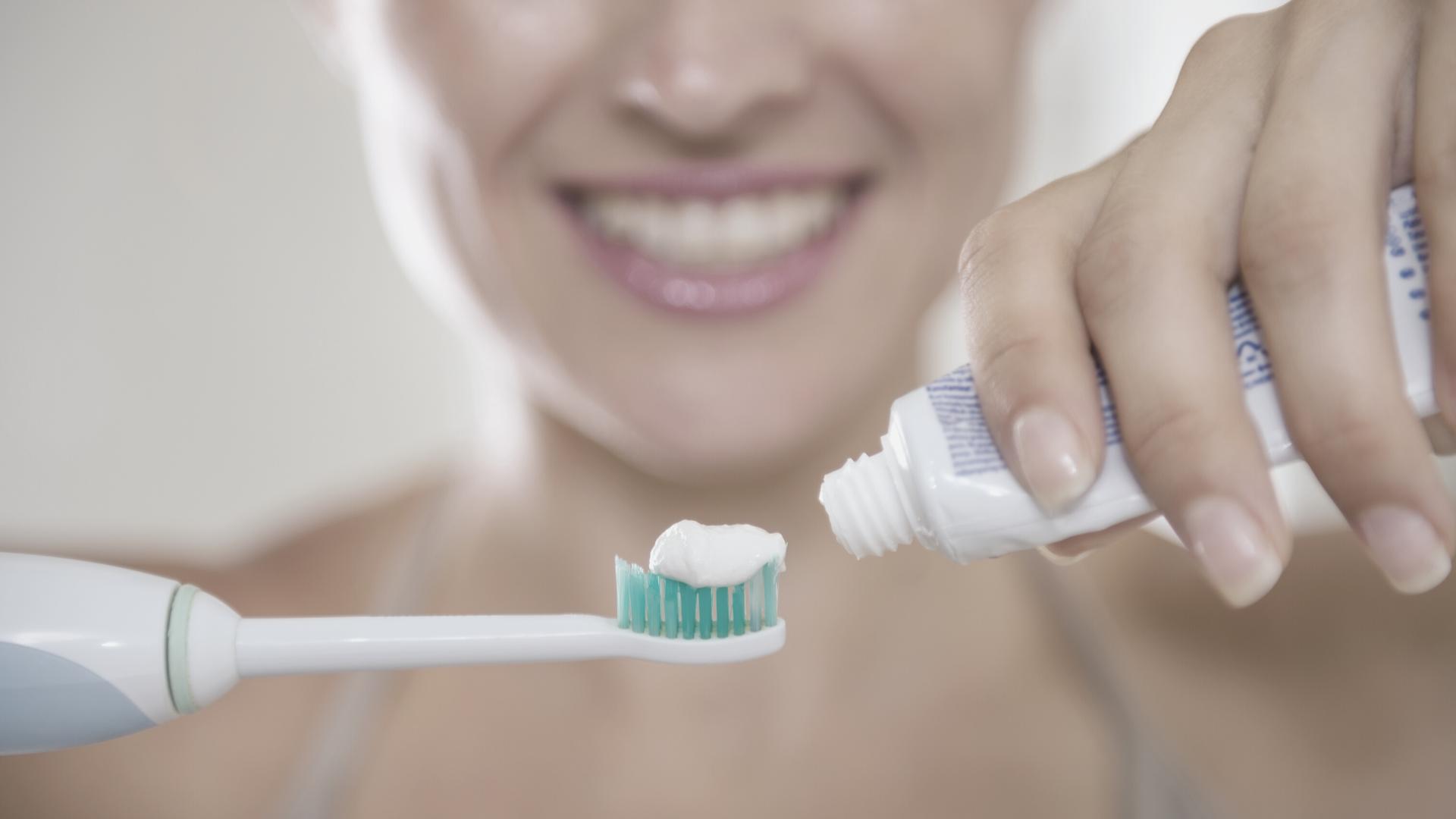 Cómo elegir la mejor pasta de dientes